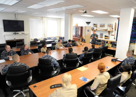 BREMERTON, Wash. (August 22, 2013) Vice Chief of Naval Operations Adm. Mark Ferguson speaks with Sailors of the Coalition of Sailors against Destructive Decisions (CSADD), who are assigned to commands within Navy Region Northwest, at Naval Base Kitsap. Ferguson also participated in a tour of naval installations and tenant commands located in the Pacific Northwest. (U.S. Navy photo by Mass Communication Specialist 2nd Class Jamie Hawkins/Released)