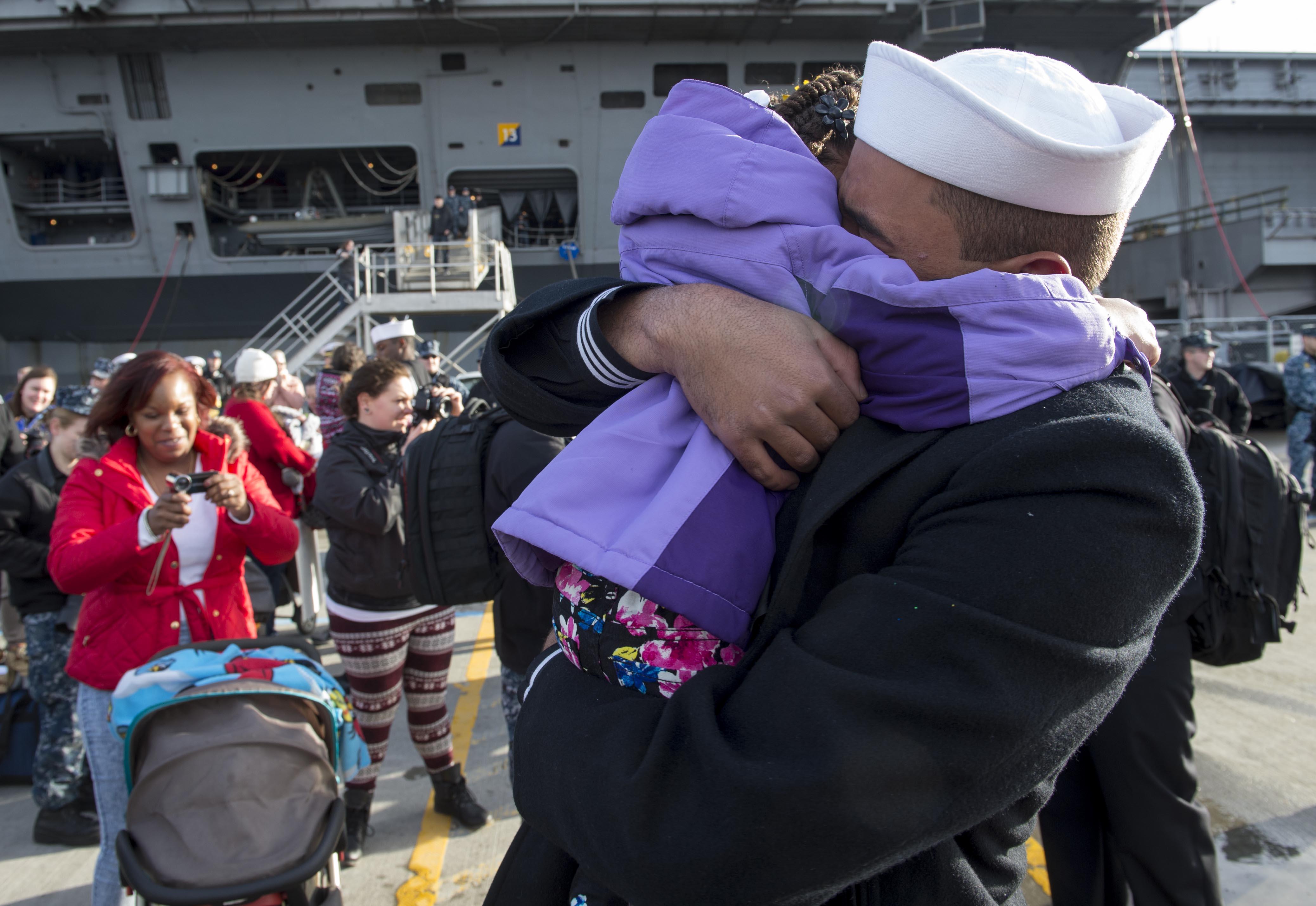 USS Rodney M. Davis Returns from Deployment | Homeport ...